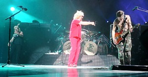 photo-2004-001_band-live-rehersal_1