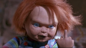 childs-play-2-chucky-middle-finger