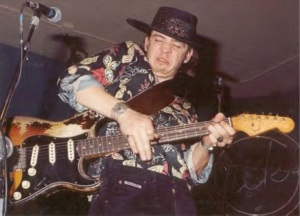 stevie-ray-vaughan-1-rippin