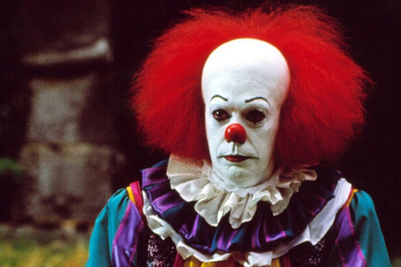 Tim Curry Pennywise