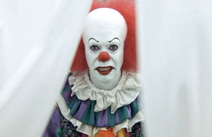 Pennywise The Clown 1990wallpaper: Tim Curry, The Original Pennywise, On The Physical